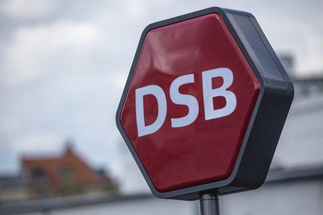 DSB-ansatte truer med at nedlægge togdriften på mandag - DSB kalder det en misforståelse