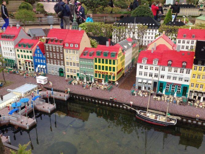 Lego vil tilbagekøbe Legoland