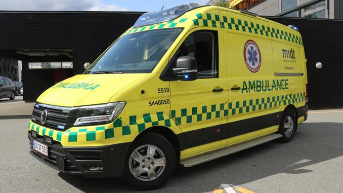 Region Midtjylland har nu sat egne ambulancer i drift