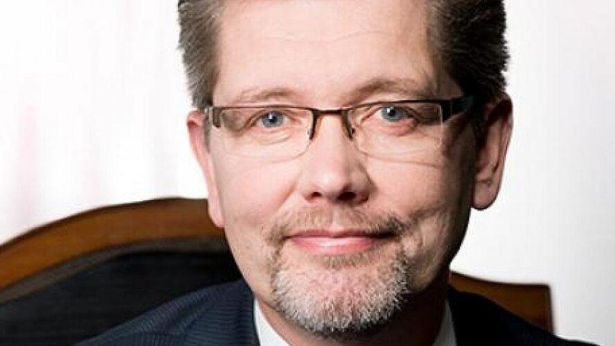 Frank Jensen trækker sig helt fra dansk politik