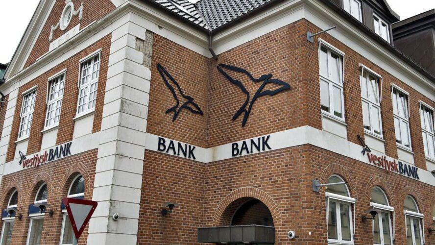 Vestjysk Bank og Den Jyske Sparekasse ønsker fusion