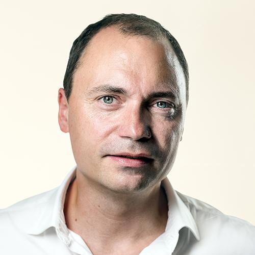 Tommy Ahlers stopper i politik